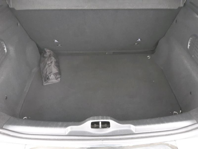 Photo 13 de l'offre de CITROEN C4 CACTUS BLUEHDI 100 SHINE à 11490€ chez Carlyss automobiles Vitré