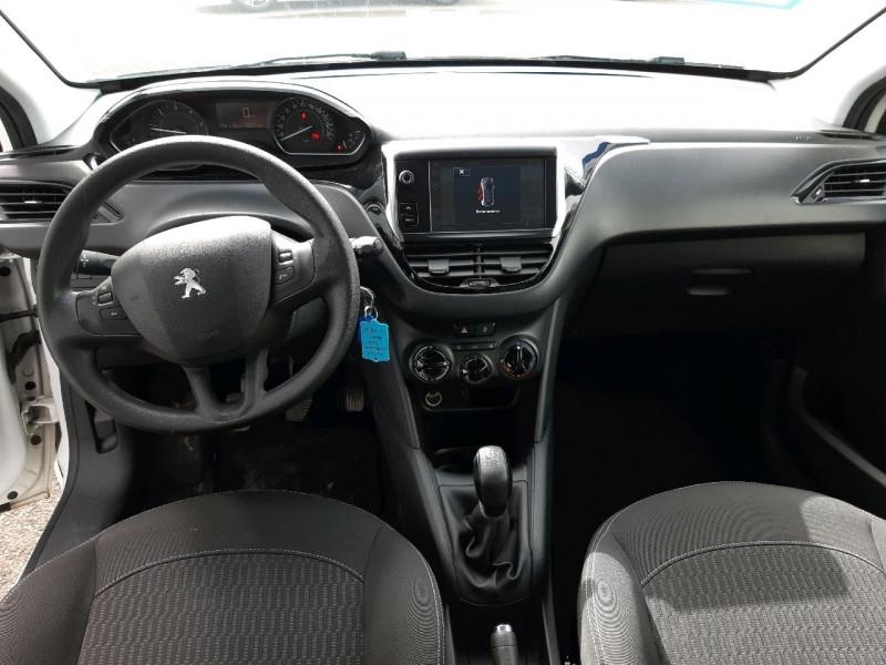Photo 6 de l'offre de PEUGEOT 208 1.6 BLUEHDI 100CH ACTIVE 5P à 8990€ chez Carlyss automobiles Vitré