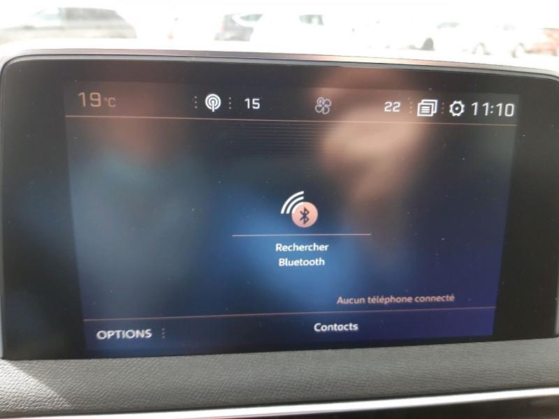Photo 9 de l'offre de PEUGEOT 3008 1.5 BLUEHDI 130CH E6.C GT LINE S&S à 24790€ chez Carlyss automobiles Vitré