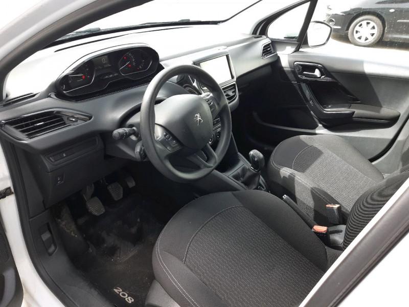 Photo 4 de l'offre de PEUGEOT 208 1.6 BLUEHDI 100CH ACTIVE 5P à 8990€ chez Carlyss automobiles Vitré