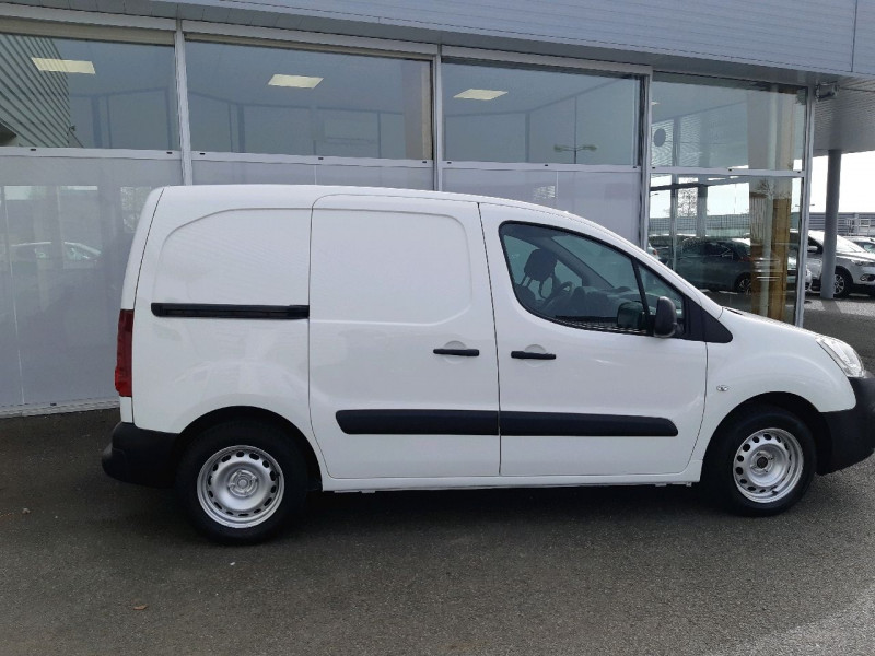 Photo 2 de l'offre de CITROEN BERLINGO M 1.6 BLUEHDI 100 CLUB à 8490€ chez Carlyss automobiles Vitré