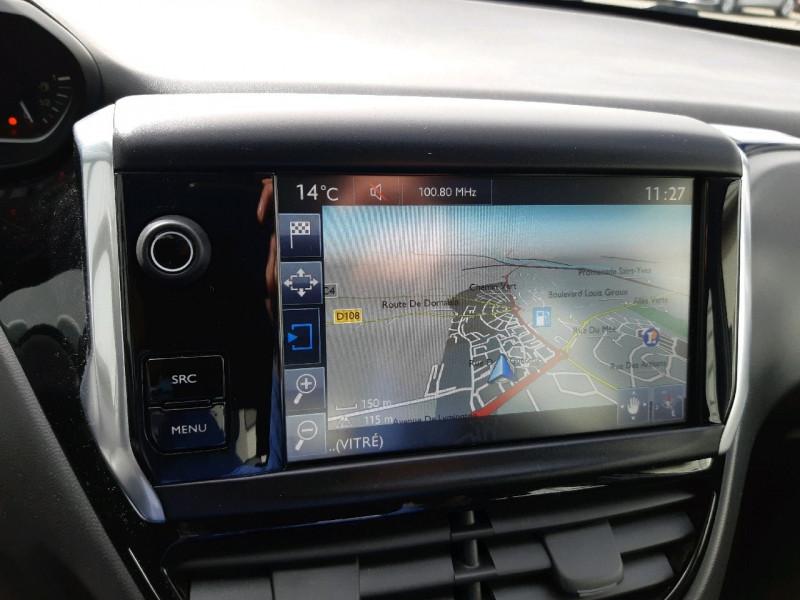 Photo 8 de l'offre de PEUGEOT 208 1.6 BLUEHDI 100CH ACTIVE 5P à 8990€ chez Carlyss automobiles Vitré