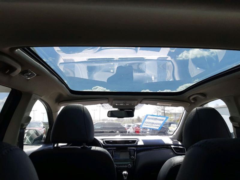 Photo 6 de l'offre de NISSAN QASHQAI 1.6 DCI 130CH TEKNA à 16990€ chez Carlyss automobiles Vitré