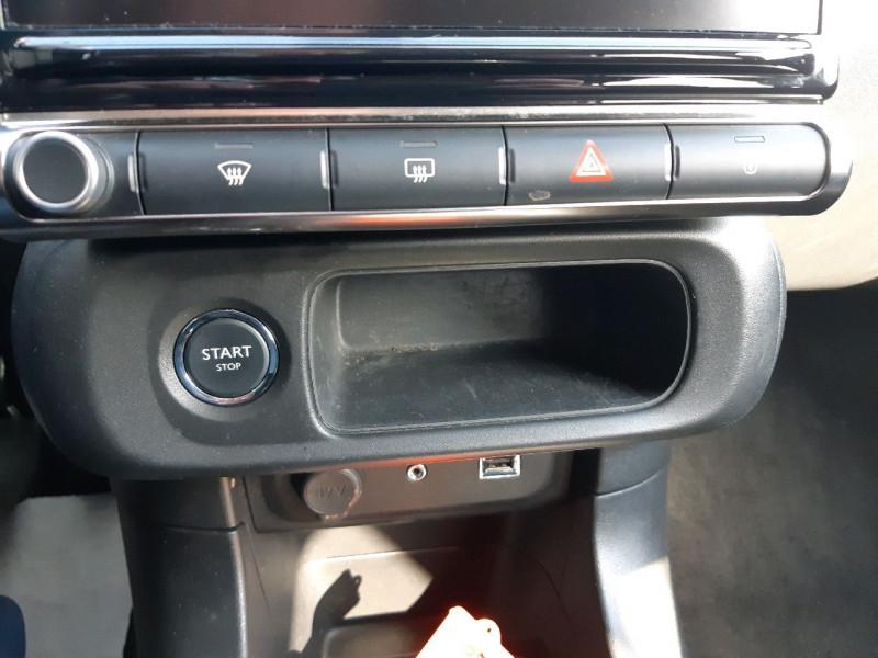 Photo 19 de l'offre de CITROEN C3 BLUEHDI 100CH SHINE S&S E6.D-TEMP à 13990€ chez Carlyss automobiles Vitré