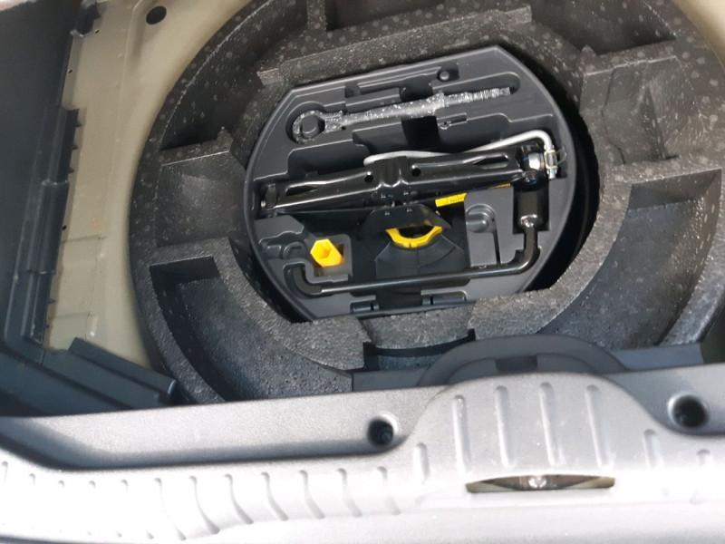 Photo 9 de l'offre de CITROEN C3 PICASSO 1.6 HDI115 EXCLUSIVE à 9790€ chez Carlyss automobiles Vitré