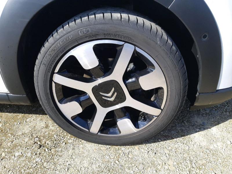 Photo 5 de l'offre de CITROEN C3 BLUEHDI 100CH SHINE S&S E6.D-TEMP à 13990€ chez Carlyss automobiles Vitré