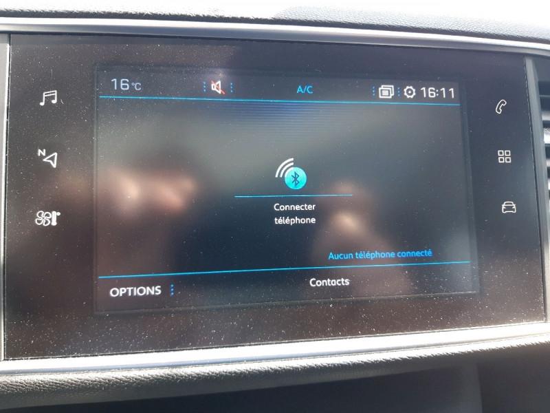 Photo 13 de l'offre de PEUGEOT 308 SW 2.0 BLUEHDI 150CH S&S ALLURE EAT6 à 15990€ chez Carlyss automobiles Vitré