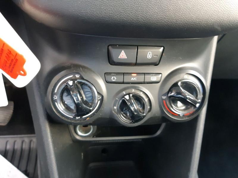 Photo 8 de l'offre de PEUGEOT 208 1.4 HDI FAP ACCESS 5P à 6990€ chez Carlyss automobiles Vitré