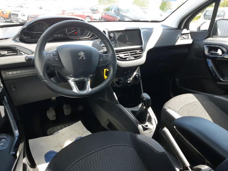 Photo 5 de l'offre de PEUGEOT 208 1.2 PURETECH 82CH ACTIVE 5P à 9990€ chez Carlyss automobiles Vitré