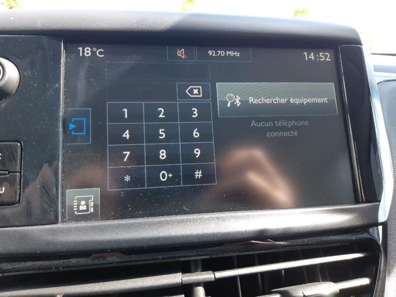 Photo 11 de l'offre de PEUGEOT 208 1.2 PURETECH 82CH ACTIVE 5P à 9990€ chez Carlyss automobiles Vitré