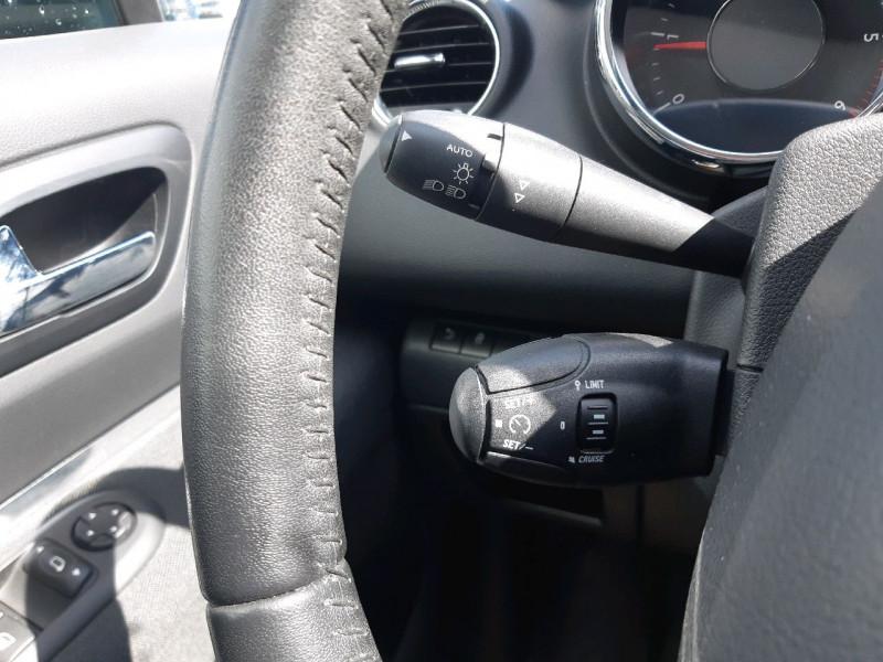 Photo 14 de l'offre de PEUGEOT 3008 2.0 HDI160 FAP ALLURE BA à 13390€ chez Carlyss automobiles Vitré