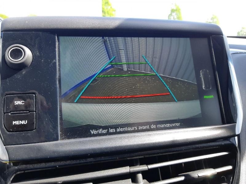 Photo 8 de l'offre de PEUGEOT 208 1.2 PURETECH 82CH ACTIVE 5P à 9990€ chez Carlyss automobiles Vitré