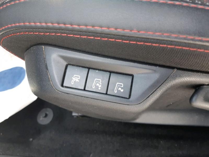 Photo 10 de l'offre de PEUGEOT 308 SW 1.5 BLUEHDI 130CH S&S GT LINE à 16490€ chez Carlyss automobiles Vitré