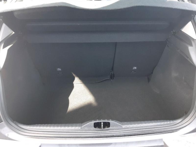 Photo 15 de l'offre de CITROEN C3 PURETECH 82CH FEEL à 10990€ chez Carlyss automobiles Vitré
