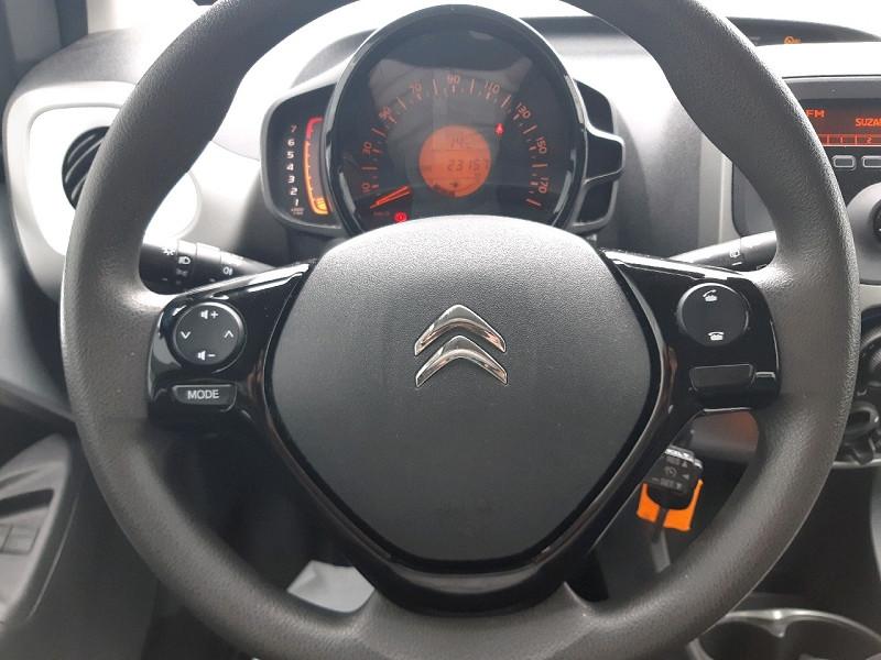 Photo 11 de l'offre de CITROEN C1 AIRSCAPE VTI 68 FEEL 5P à 8990€ chez Carlyss automobiles Vitré