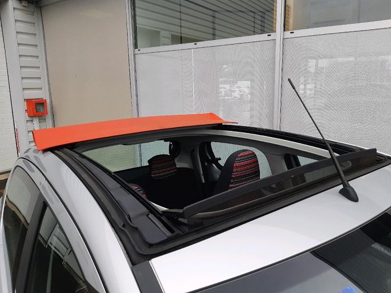Photo 3 de l'offre de CITROEN C1 AIRSCAPE VTI 68 FEEL 5P à 8990€ chez Carlyss automobiles Vitré