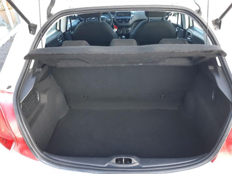 Photo 4 de l'offre de PEUGEOT 208 1.4 HDI FAP ACCESS 5P à 6990€ chez Carlyss automobiles Vitré
