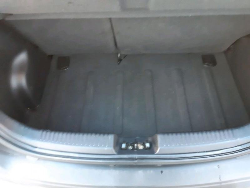 Photo 8 de l'offre de HYUNDAI I10 1.1 BASE à 3990€ chez Carlyss automobiles Vitré