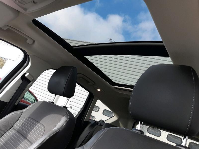 Photo 7 de l'offre de FORD KUGA 2.0 TDCI 150CH STOP&START TITANIUM 4X2 à 16990€ chez Carlyss automobiles Vitré