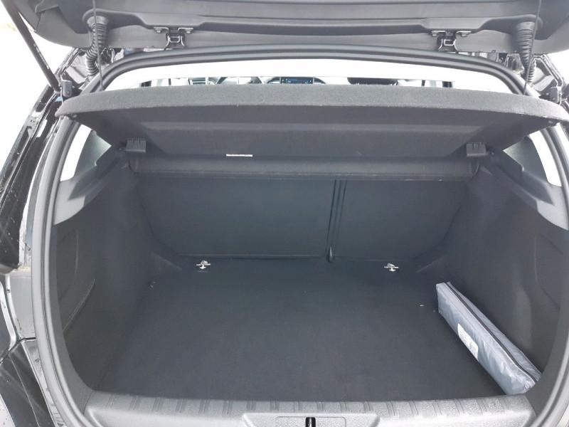 Photo 11 de l'offre de PEUGEOT 308 1.5 BLUEHDI 130CH S&S ACTIVE à 17490€ chez Carlyss automobiles Vitré