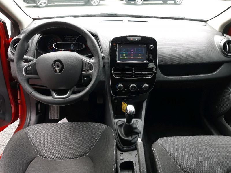 Photo 6 de l'offre de RENAULT CLIO IV 1.2 16V 75CH ZEN 5P à 9490€ chez Carlyss automobiles Vitré