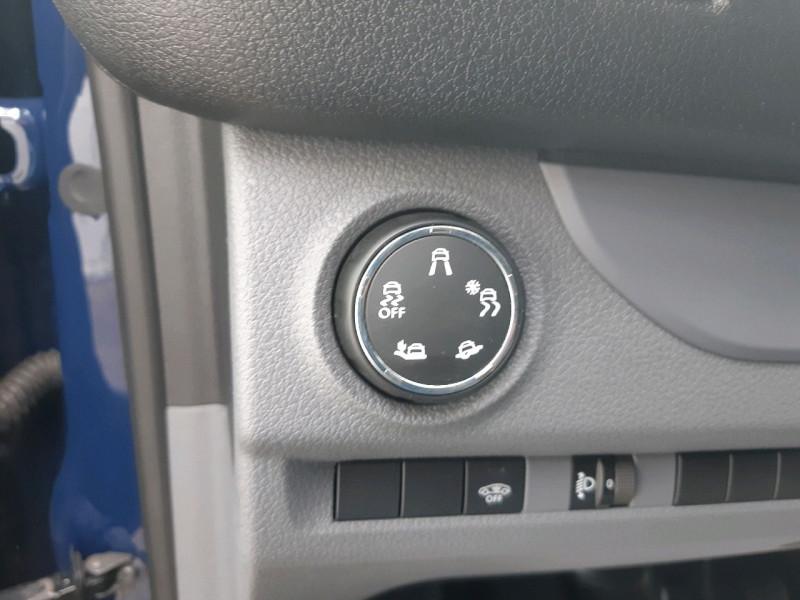 Photo 6 de l'offre de CITROEN JUMPY FG M 2.0 BLUEHDI 180CH BUSINESS S&S EAT6 à 16990€ chez Carlyss automobiles Vitré