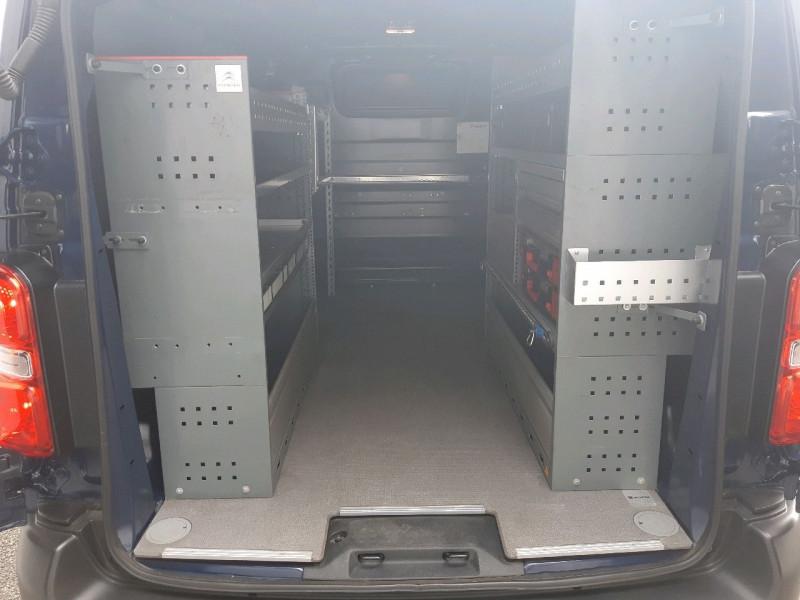 Photo 4 de l'offre de CITROEN JUMPY FG M 2.0 BLUEHDI 180CH BUSINESS S&S EAT6 à 16990€ chez Carlyss automobiles Vitré