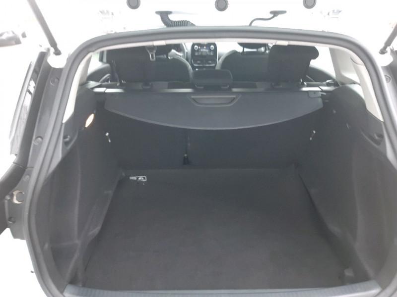 Photo 4 de l'offre de RENAULT CLIO IV ESTATE 1.5 DCI 90CH ENERGY ZEN EURO6C à 11490€ chez Carlyss automobiles Vitré