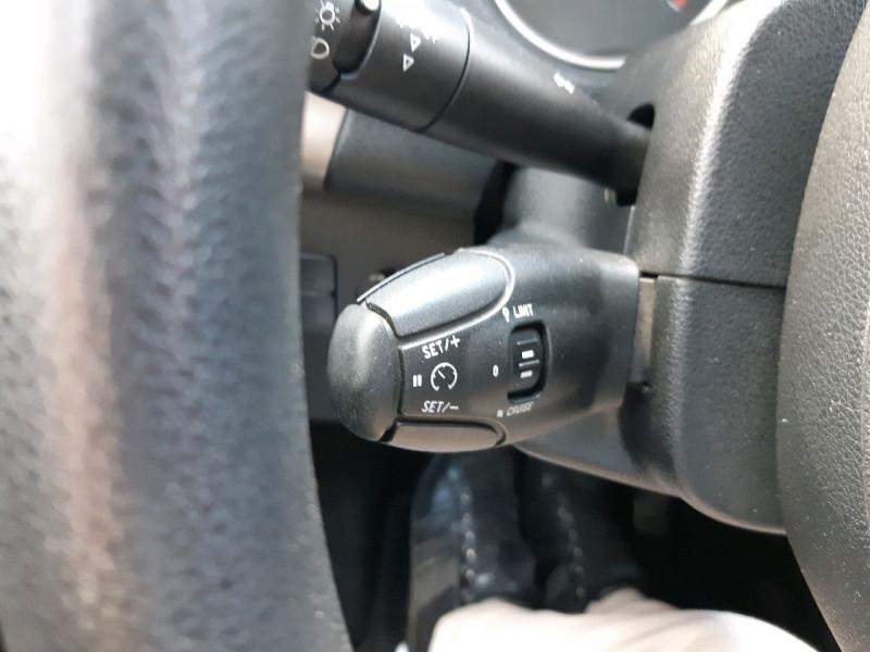 Photo 9 de l'offre de CITROEN C-ELYSEE BLUEHDI 100CH CONFORT à 8990€ chez Carlyss automobiles Vitré