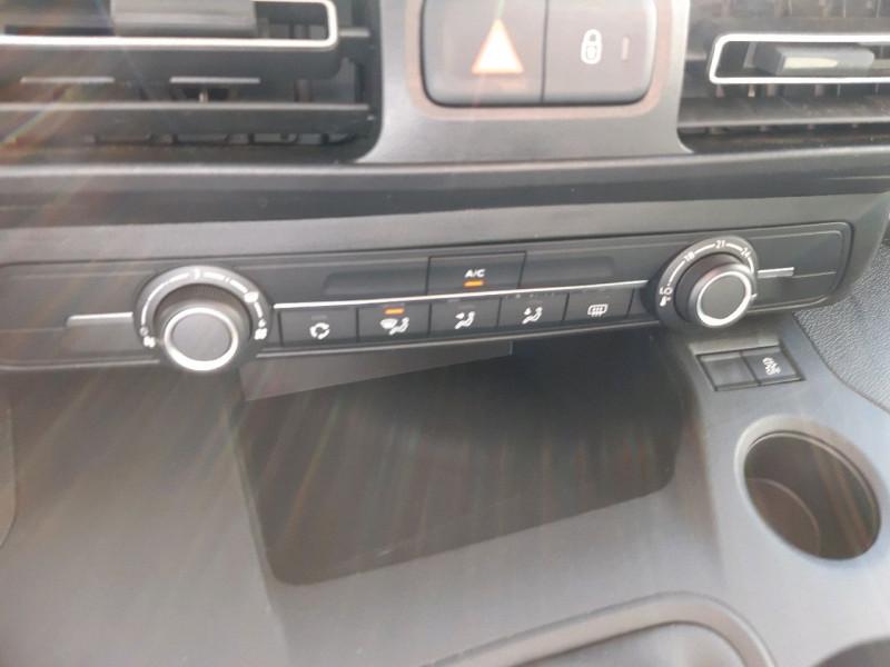 Photo 8 de l'offre de CITROEN BERLINGO M BLUEHDI 100CH FEEL à 14490€ chez Carlyss automobiles Vitré