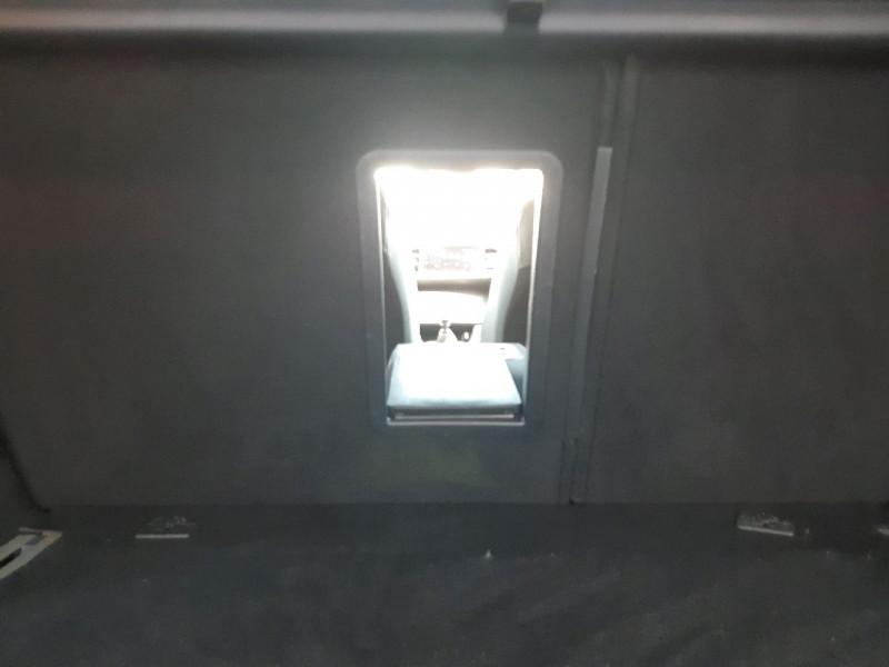 Photo 19 de l'offre de PEUGEOT 308 SW 1.5 BLUEHDI 130CH S&S GT LINE à 16490€ chez Carlyss automobiles Vitré