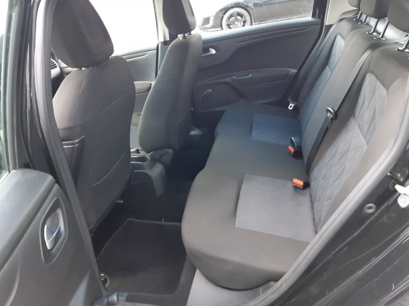 Photo 5 de l'offre de CITROEN C-ELYSEE BLUEHDI 100CH CONFORT à 8990€ chez Carlyss automobiles Vitré