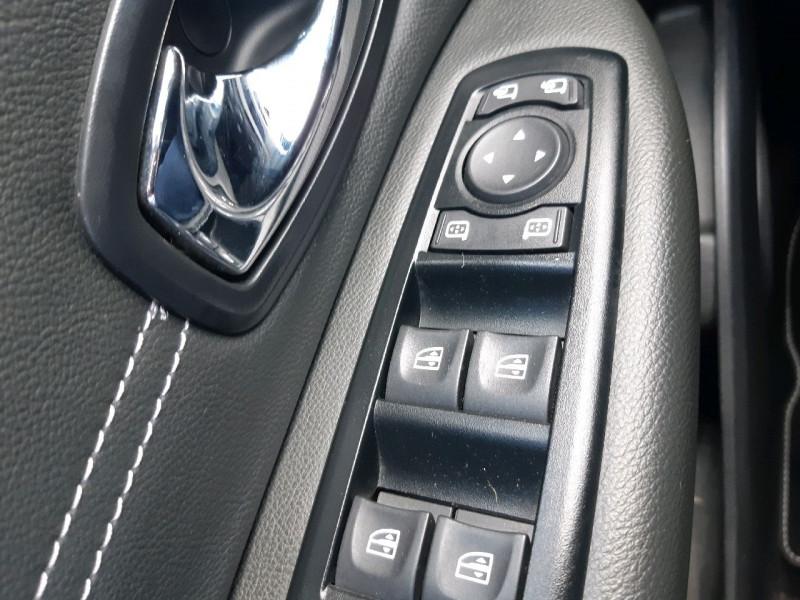 Photo 15 de l'offre de RENAULT GRAND SCENIC III 1.5 DCI 110CH ENERGY BUSINESS ECO² 7 PLACES 2015 à 8490€ chez Carlyss automobiles Vitré
