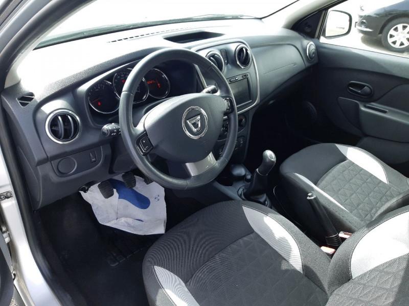 Photo 6 de l'offre de DACIA SANDERO 0.9 TCE 90CH STEPWAY PRESTIGE à 7990€ chez Carlyss automobiles Vitré