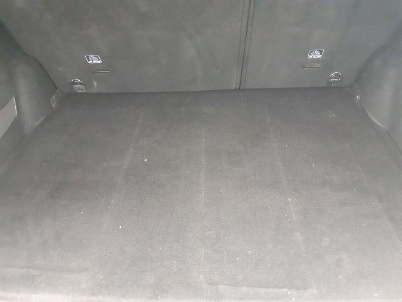 Photo 8 de l'offre de PEUGEOT 2008 1.5 BLUEHDI 100CH E6.C STYLE S&S BVM5 à 13790€ chez Carlyss automobiles Vitré
