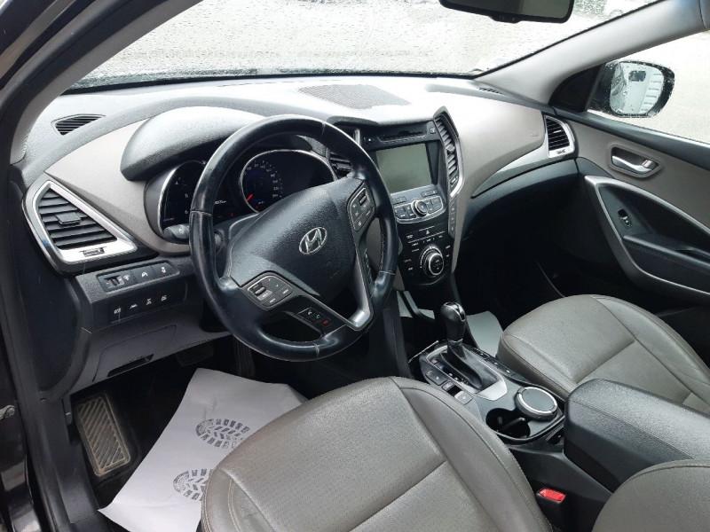 Photo 8 de l'offre de HYUNDAI SANTA FE 2.2 CRDI197 4WD PACK PREMIUM LIMITED BVA à 14990€ chez Carlyss automobiles Vitré