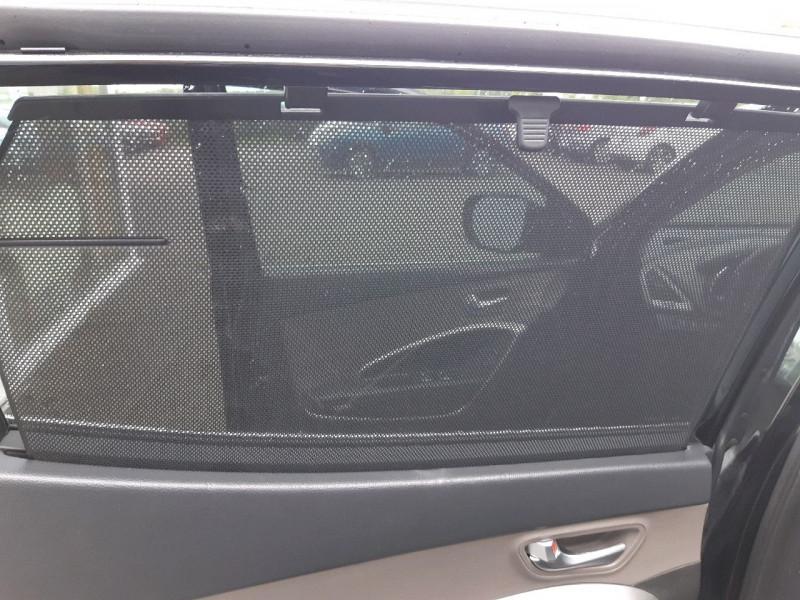 Photo 12 de l'offre de HYUNDAI SANTA FE 2.2 CRDI197 4WD PACK PREMIUM LIMITED BVA à 14990€ chez Carlyss automobiles Vitré
