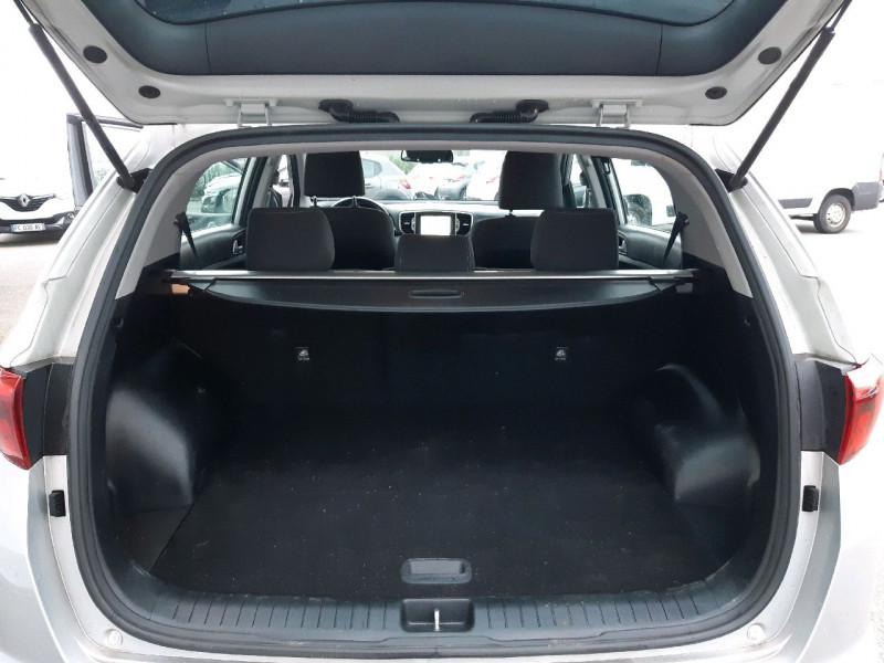 Photo 5 de l'offre de KIA SPORTAGE 1.7 CRDI 115CH ISG ACTIVE BUSINESS 4X2 à 15990€ chez Carlyss automobiles Vitré