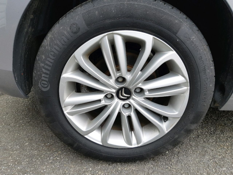 Photo 12 de l'offre de CITROEN C4 BLUEHDI 120CH MILLENIUM BUSINESS S&S à 9490€ chez Carlyss automobiles Vitré