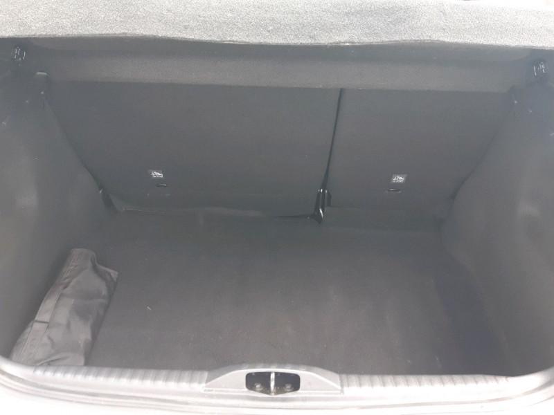 Photo 5 de l'offre de CITROEN C3 BLUEHDI 75CH SHINE BUSINESS S&S à 11990€ chez Carlyss automobiles Vitré