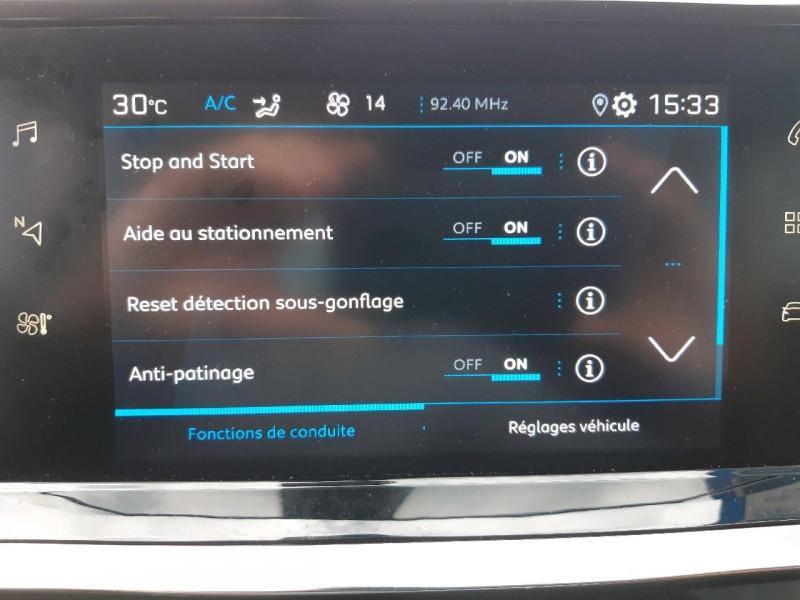 Photo 9 de l'offre de PEUGEOT 2008 1.2 PURETECH 100CH S&S ACTIVE à 19990€ chez Carlyss automobiles Vitré