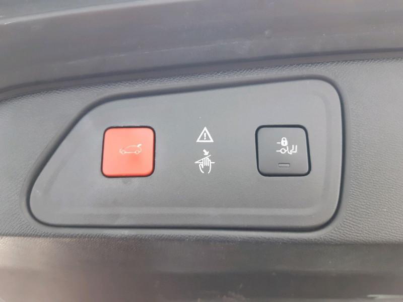 Photo 11 de l'offre de PEUGEOT 3008 2.0 BLUEHDI 180CH GT S&S EAT6 à 22990€ chez Carlyss automobiles Vitré