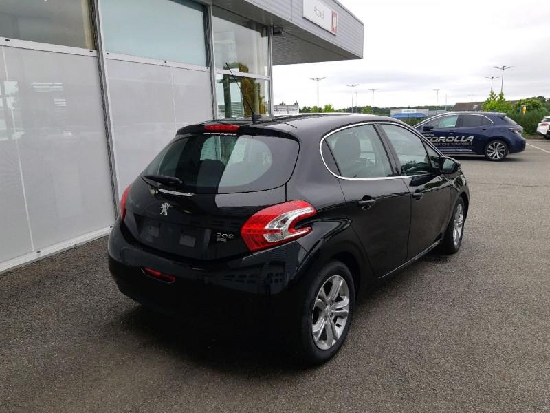 Photo 3 de l'offre de PEUGEOT 208 1.6 E-HDI115 FAP FELINE 5P à 10490€ chez Carlyss automobiles Vitré