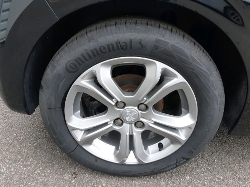 Photo 4 de l'offre de PEUGEOT 208 1.6 E-HDI115 FAP FELINE 5P à 10490€ chez Carlyss automobiles Vitré