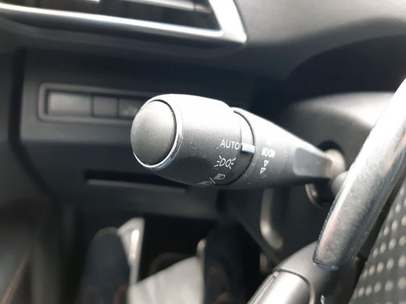 Photo 26 de l'offre de PEUGEOT 3008 2.0 BLUEHDI 180CH GT S&S EAT6 à 22990€ chez Carlyss automobiles Vitré