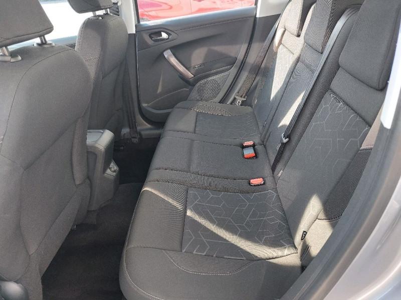 Photo 28 de l'offre de PEUGEOT 2008 1.2 PURETECH 110CH ACTIVE à 10990€ chez Carlyss automobiles Vitré