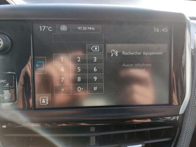 Photo 38 de l'offre de PEUGEOT 2008 1.2 PURETECH 110CH ACTIVE à 10990€ chez Carlyss automobiles Vitré