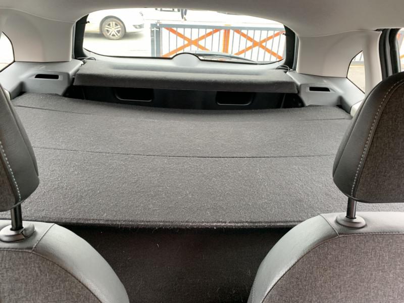 Photo 41 de l'offre de CITROEN C3 SOCIETE BLUEHDI 100 SetS CONFORT à 6990€ chez Centrale auto marché Périgueux