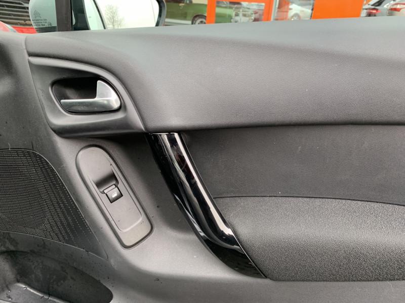 Photo 8 de l'offre de CITROEN C3 SOCIETE BLUEHDI 100 SetS CONFORT à 6990€ chez Centrale auto marché Périgueux