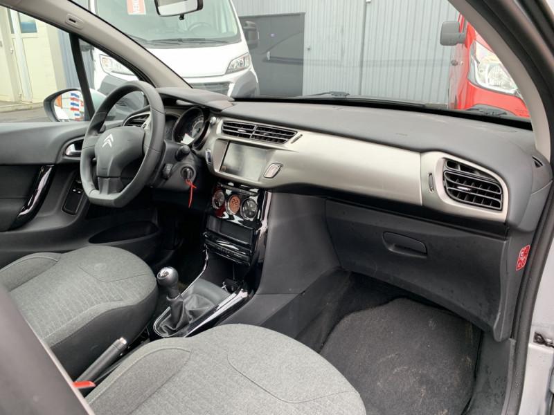 Photo 46 de l'offre de CITROEN C3 SOCIETE BLUEHDI 100 SetS CONFORT à 6990€ chez Centrale auto marché Périgueux